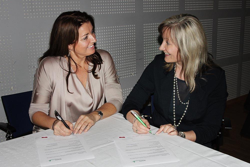 Samarbeidsavtale signert mellom Astrid Furholt og Sørlandets rehabiliteringssenter